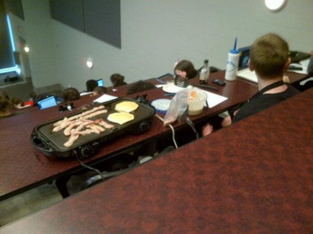 A student brought a whole griddle for breakfast to lecture