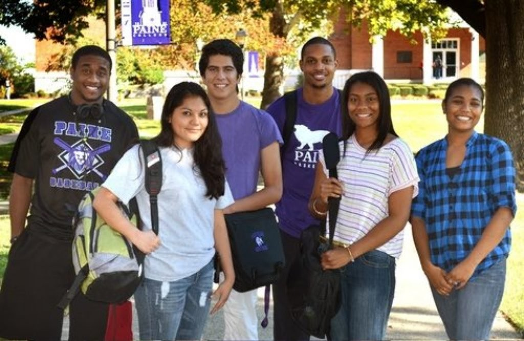 Paine students posing for a picture on campus