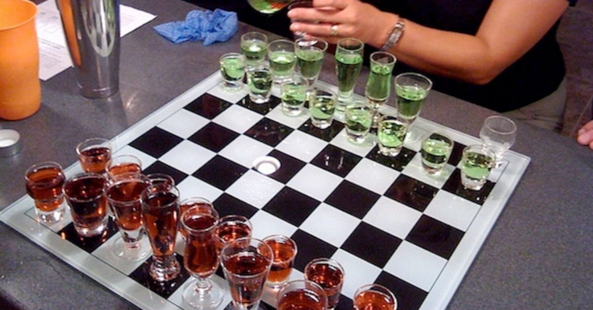12+ Genius Drinking Games Everyone Should Know