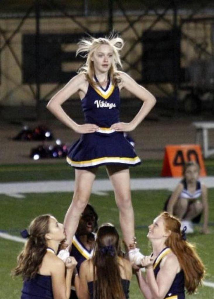 Dakota Fanning as a flyer