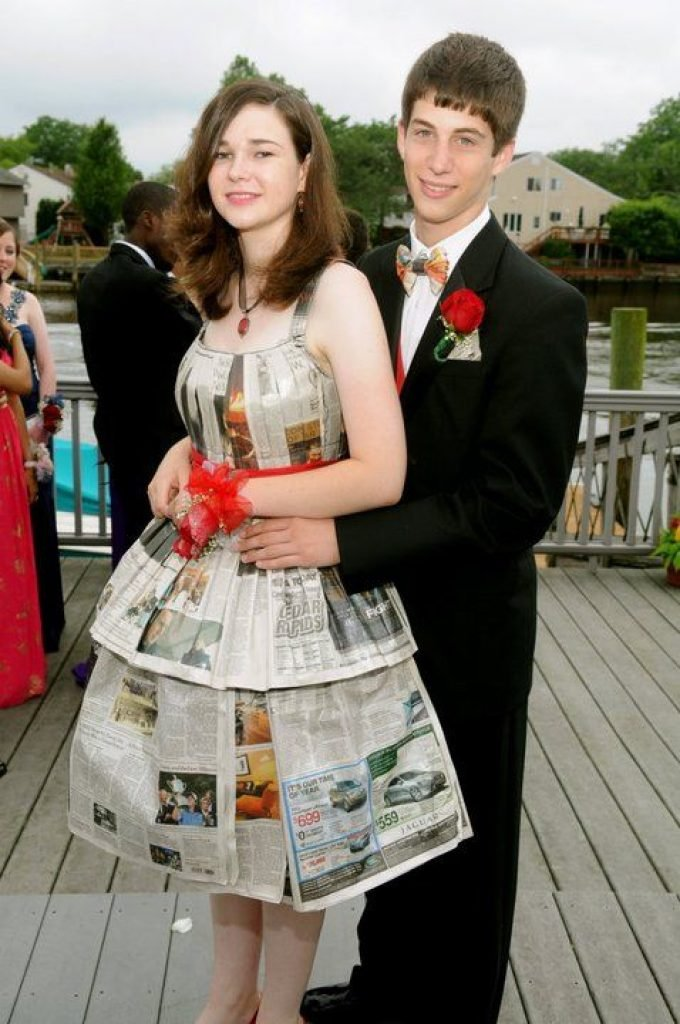 She made her dress out of newspapers
